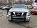 Nissan Frontier SE Crew Cab 4x4 Radiant Silver photo #7