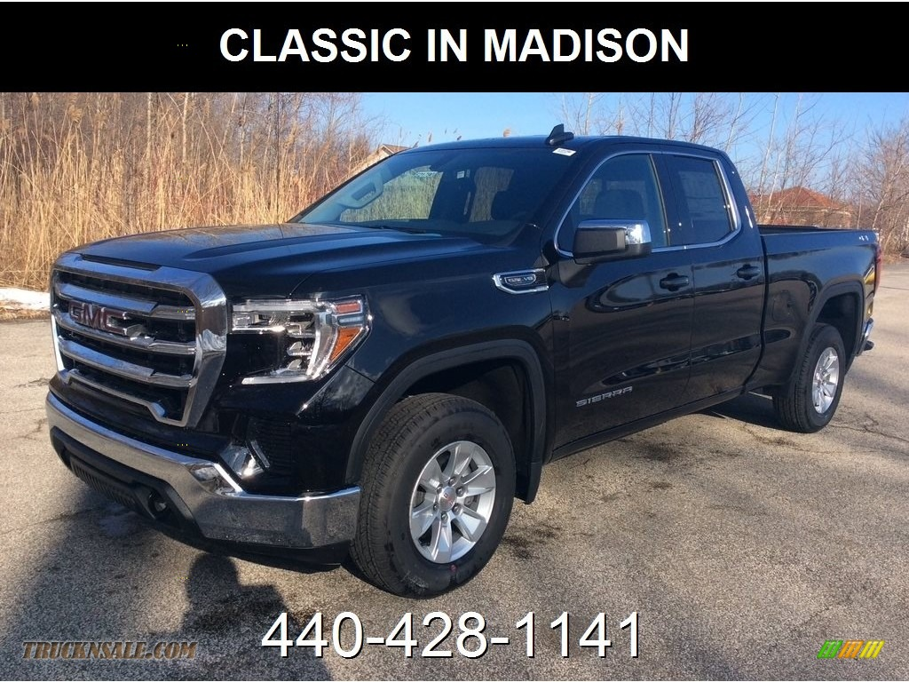 2019 Sierra 1500 SLE Double Cab 4WD - Onyx Black / Jet Black photo #1