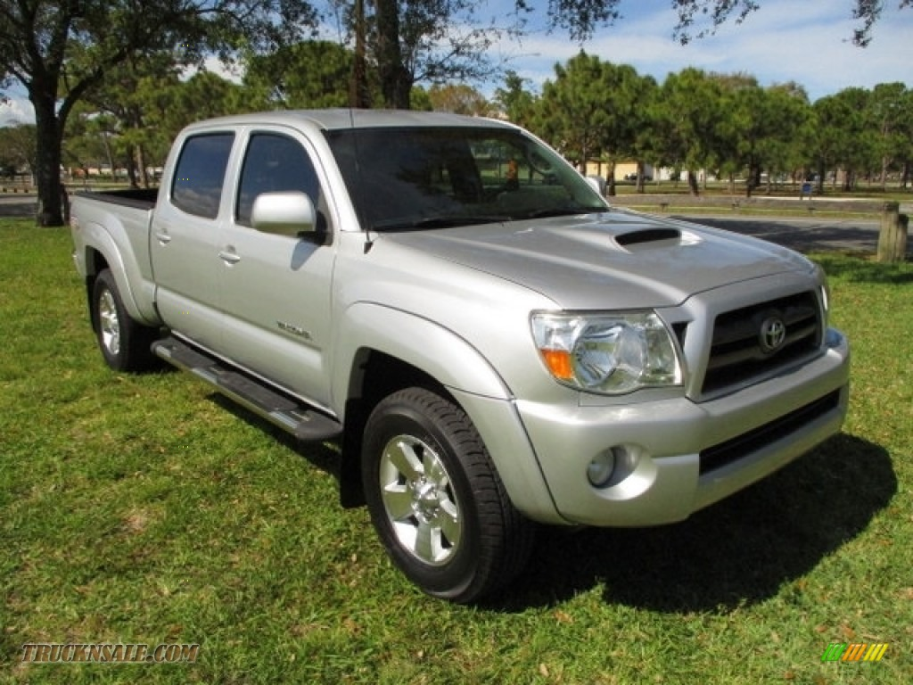 2009 Tacoma V6 PreRunner Double Cab - Silver Streak Mica / Graphite Gray photo #1