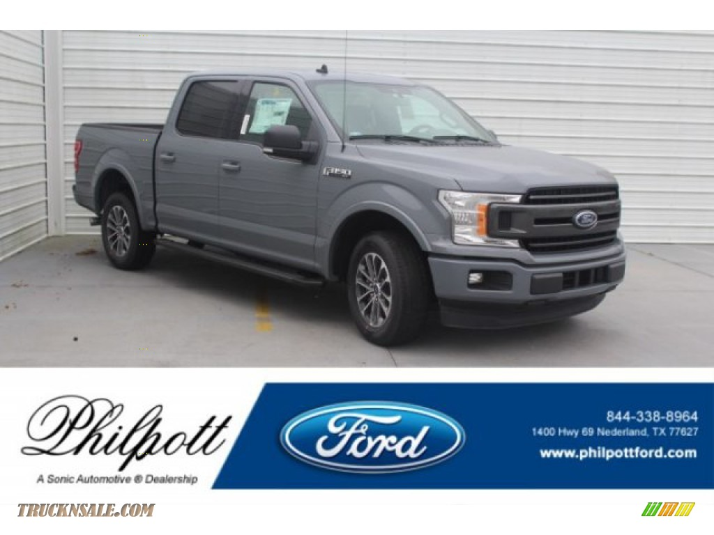 Abyss Gray / Black Ford F150 XLT SuperCrew