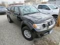Nissan Frontier SV Crew Cab 4x4 Magnetic Black photo #4