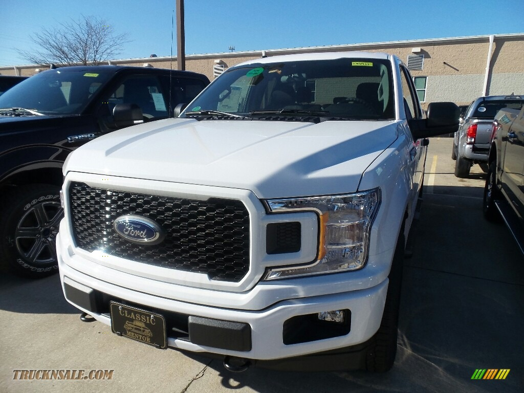 2019 F150 XL SuperCab 4x4 - Oxford White / Black photo #1