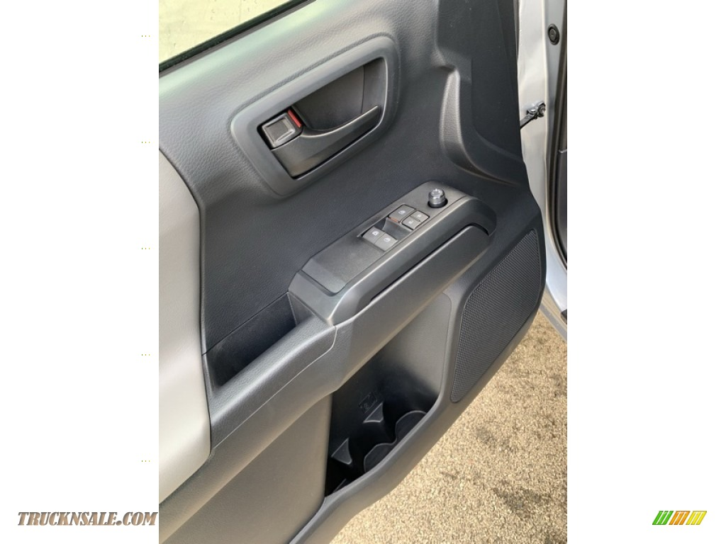 2019 Tacoma SR Access Cab 4x4 - Silver Sky Metallic / Cement Gray photo #9