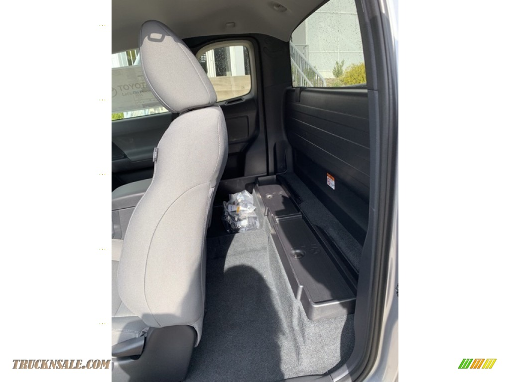 2019 Tacoma SR Access Cab 4x4 - Silver Sky Metallic / Cement Gray photo #15