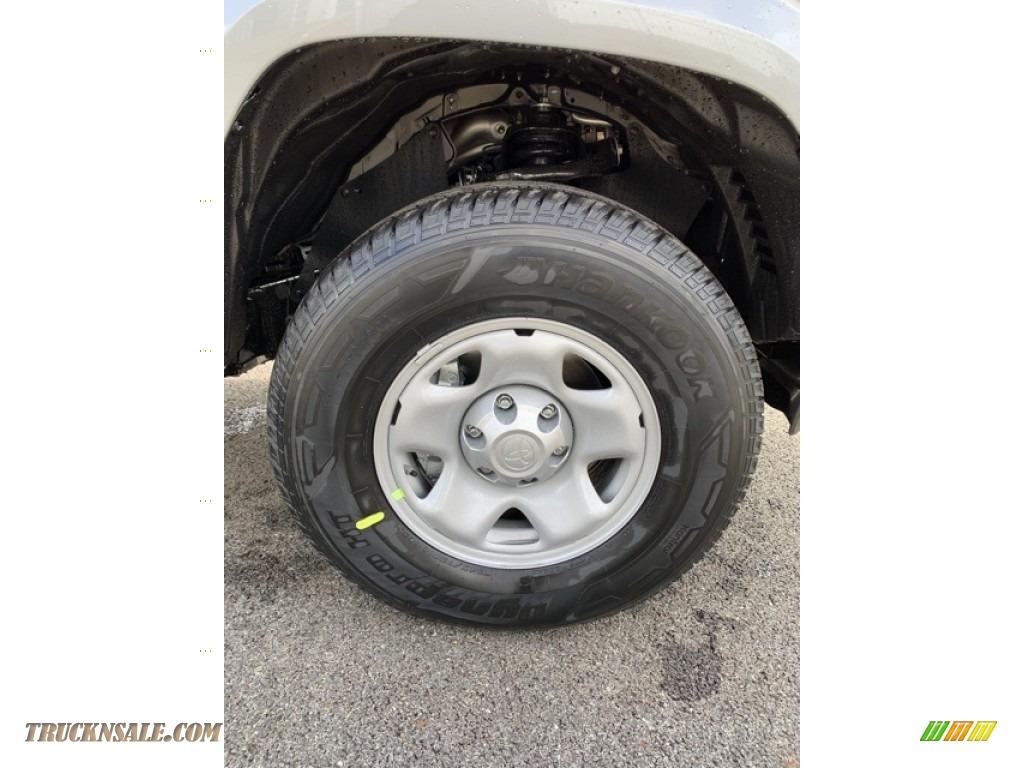 2019 Tacoma SR Access Cab 4x4 - Silver Sky Metallic / Cement Gray photo #24