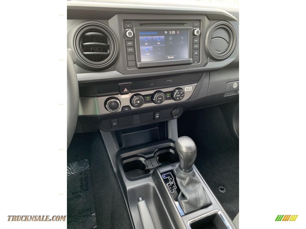 2019 Tacoma SR Access Cab 4x4 - Silver Sky Metallic / Cement Gray photo #26