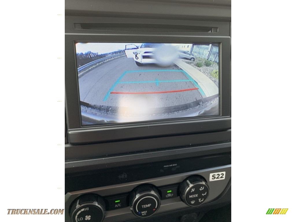 2019 Tacoma SR Access Cab 4x4 - Silver Sky Metallic / Cement Gray photo #27