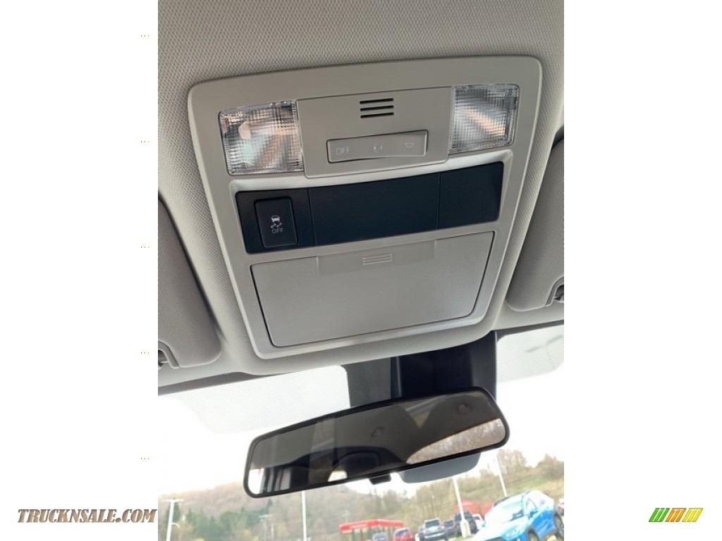 2019 Tacoma SR Access Cab 4x4 - Silver Sky Metallic / Cement Gray photo #30