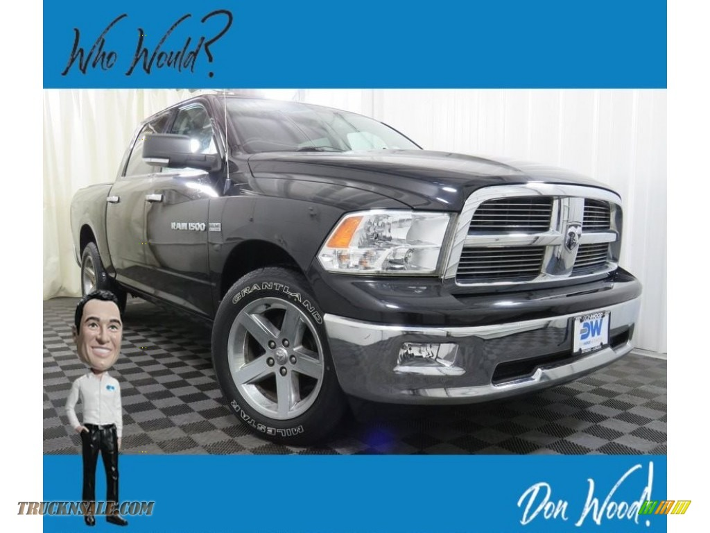 Black / Dark Slate Gray/Medium Graystone Dodge Ram 1500 Big Horn Crew Cab 4x4