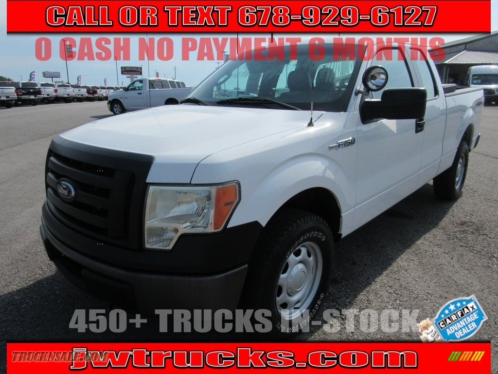 2010 F150 XL SuperCab 4x4 - Oxford White / Medium Stone photo #1