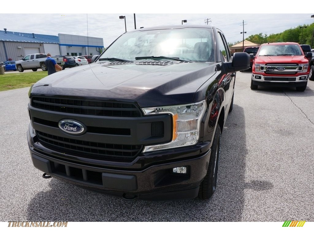 2019 F150 XL SuperCab 4x4 - Magma Red / Earth Gray photo #1