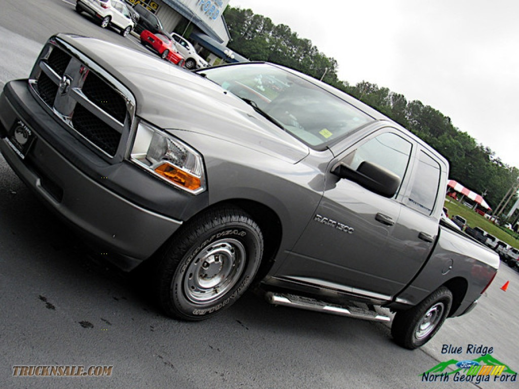 2011 Ram 1500 ST Quad Cab - Mineral Gray Metallic / Dark Slate Gray/Medium Graystone photo #29