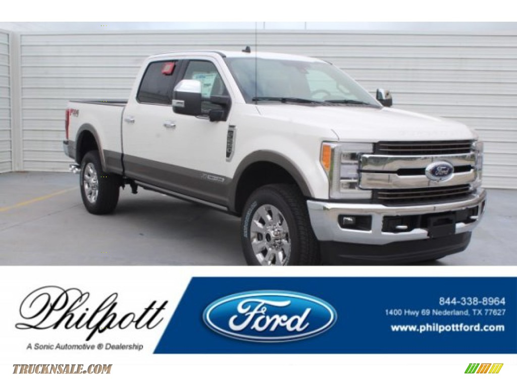 2019 F250 Super Duty King Ranch Crew Cab 4x4 - White Platinum / Earth Gray photo #1