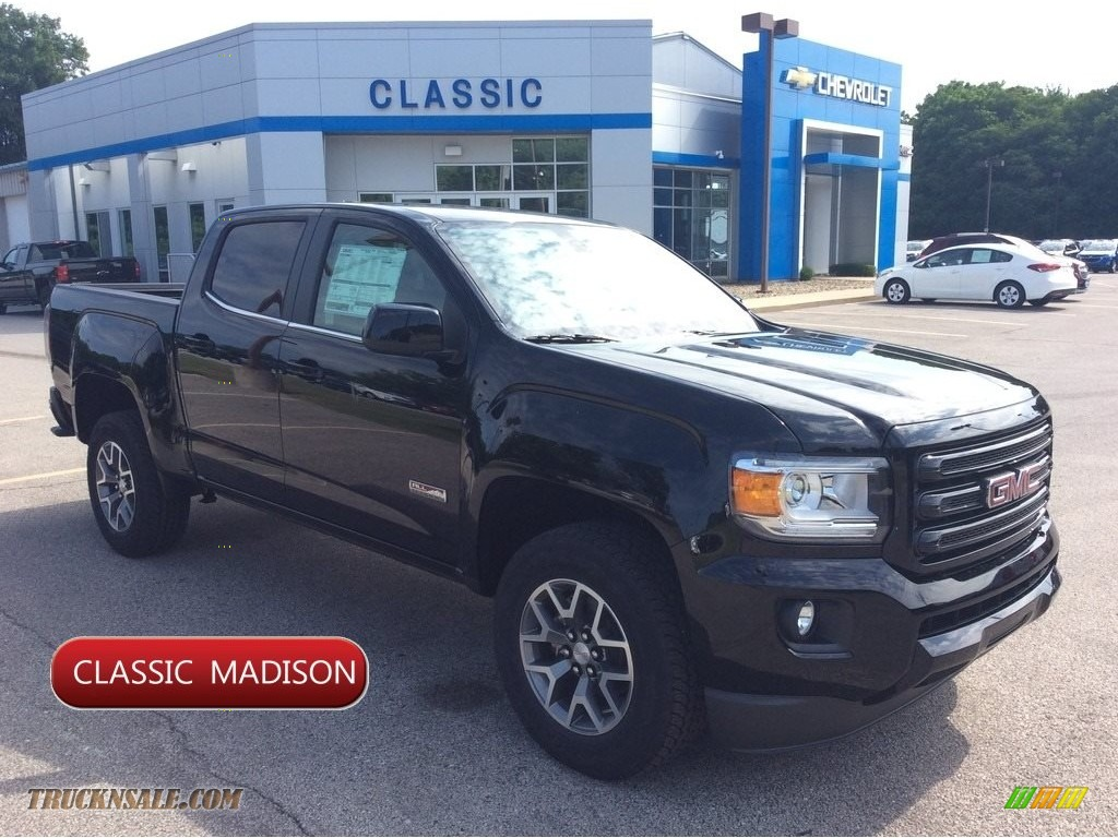 2019 Canyon SLE Crew Cab 4WD - Onyx Black / Jet Black/­Cobalt Red photo #1