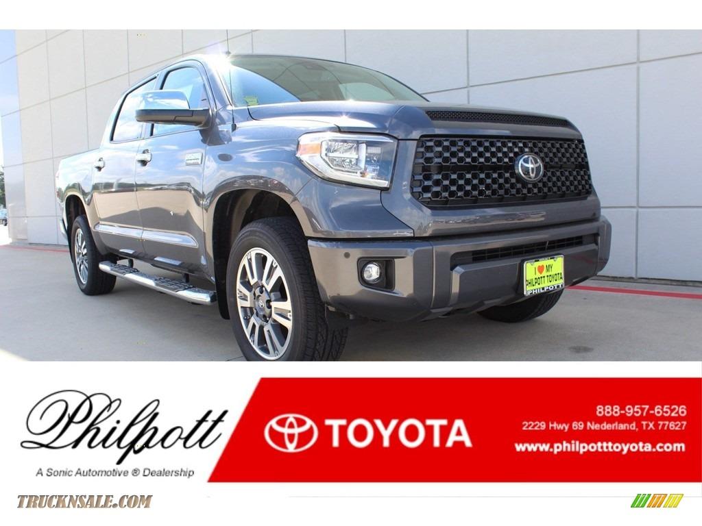Magnetic Gray Metallic / Black Toyota Tundra Platinum CrewMax 4x4