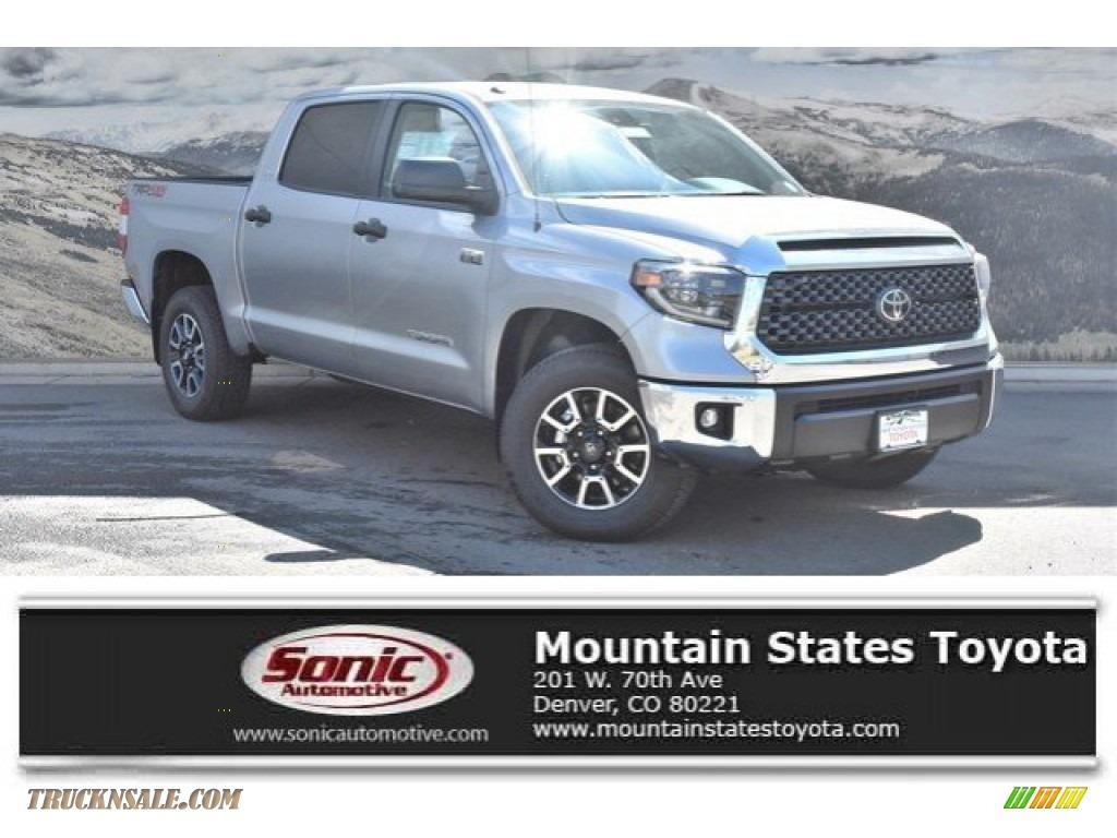 Silver Sky Metallic / Graphite Toyota Tundra SR5 CrewMax 4x4