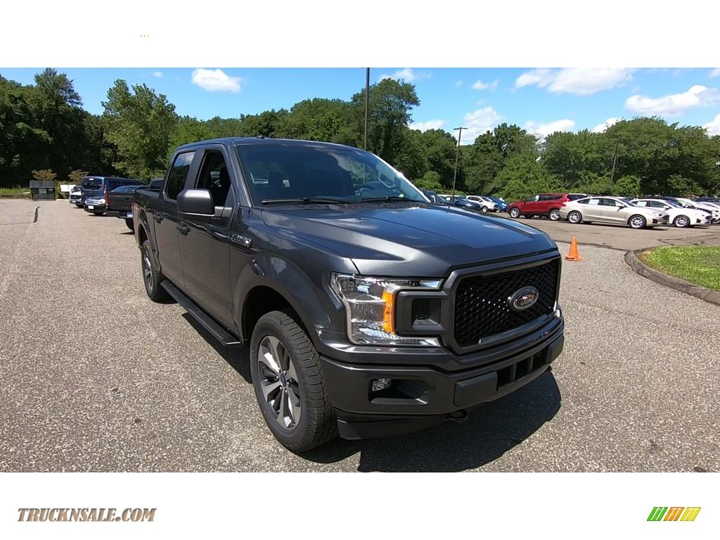 2019 F150 XL SuperCrew 4x4 - Magnetic / Earth Gray photo #1