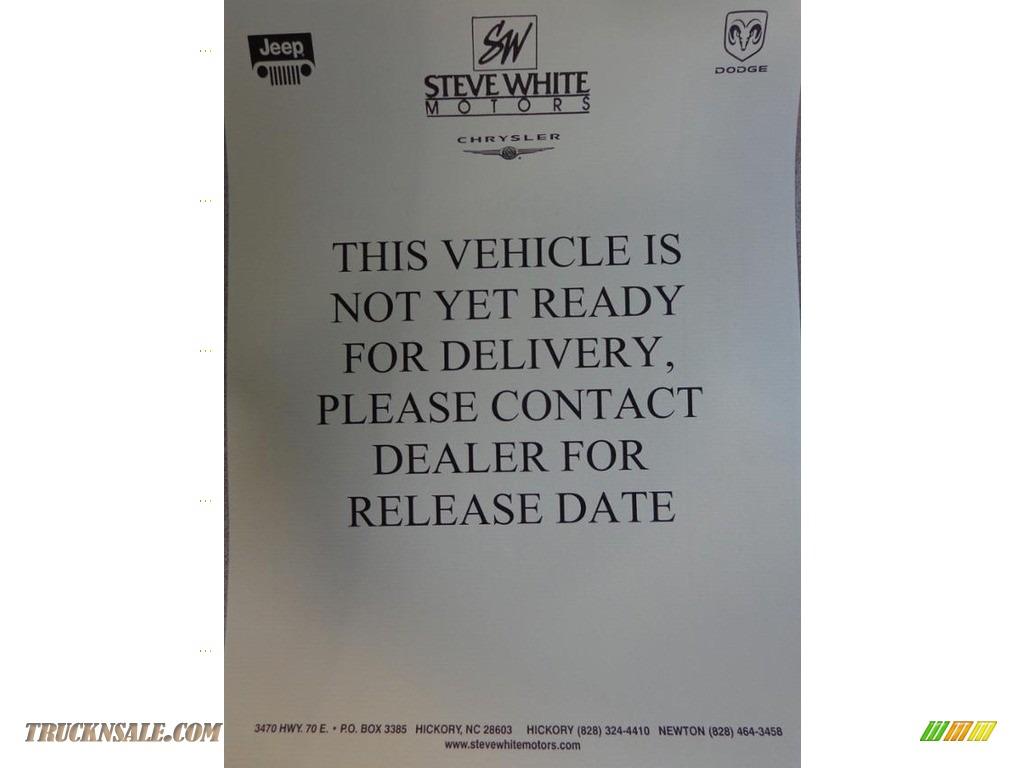 2017 Sierra 1500 SLT Crew Cab 4WD - Stone Blue Metallic / Jet Black photo #36