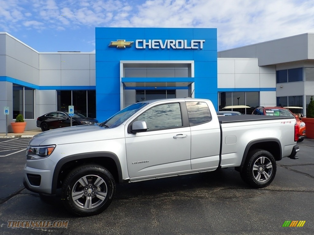 Silver Ice Metallic / Jet Black/­Dark Ash Chevrolet Colorado WT Extended Cab 4x4