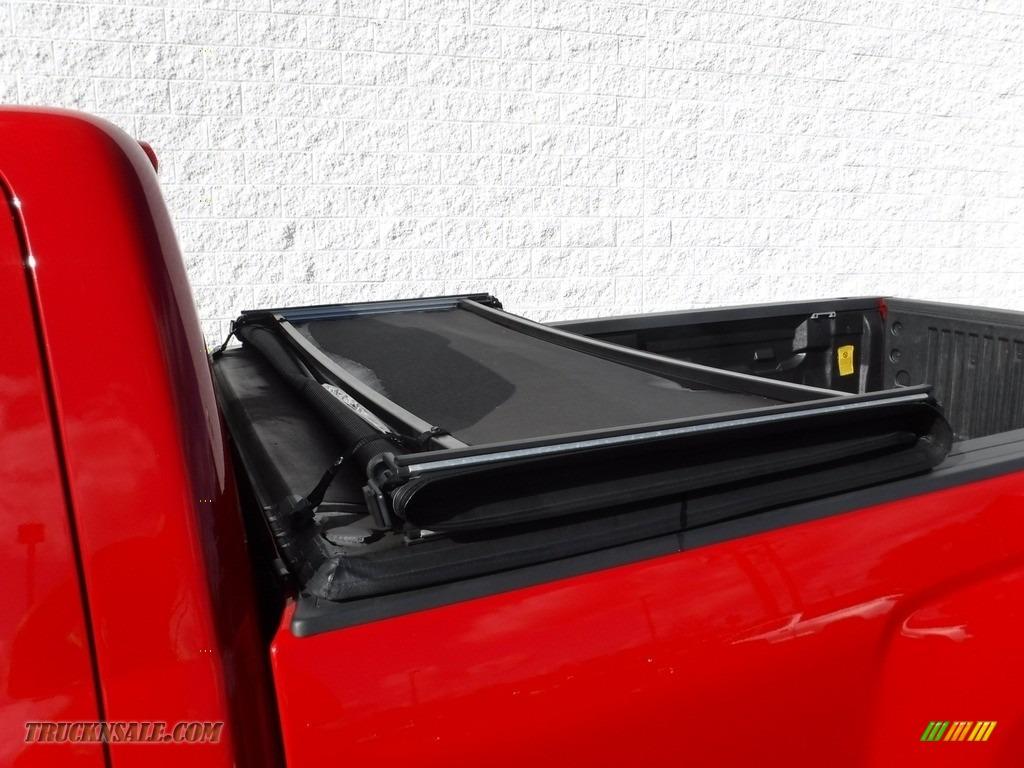 2015 Silverado 1500 WT Regular Cab 4x4 - Victory Red / Dark Ash/Jet Black photo #4