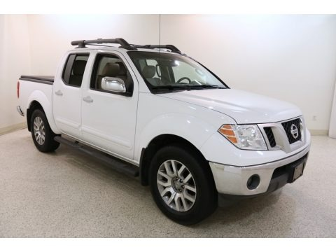 Avalanche White 2012 Nissan Frontier SL Crew Cab 4x4