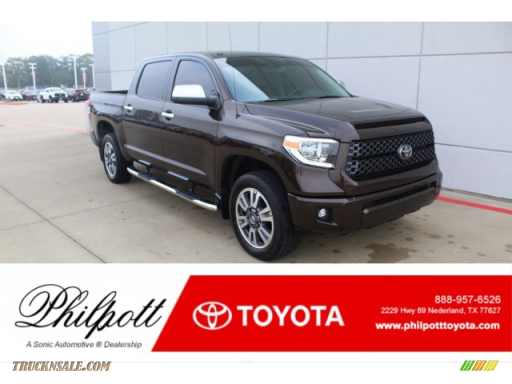 2019 Tundra Platinum CrewMax 4x4 - Smoked Mesquite / Black photo #1