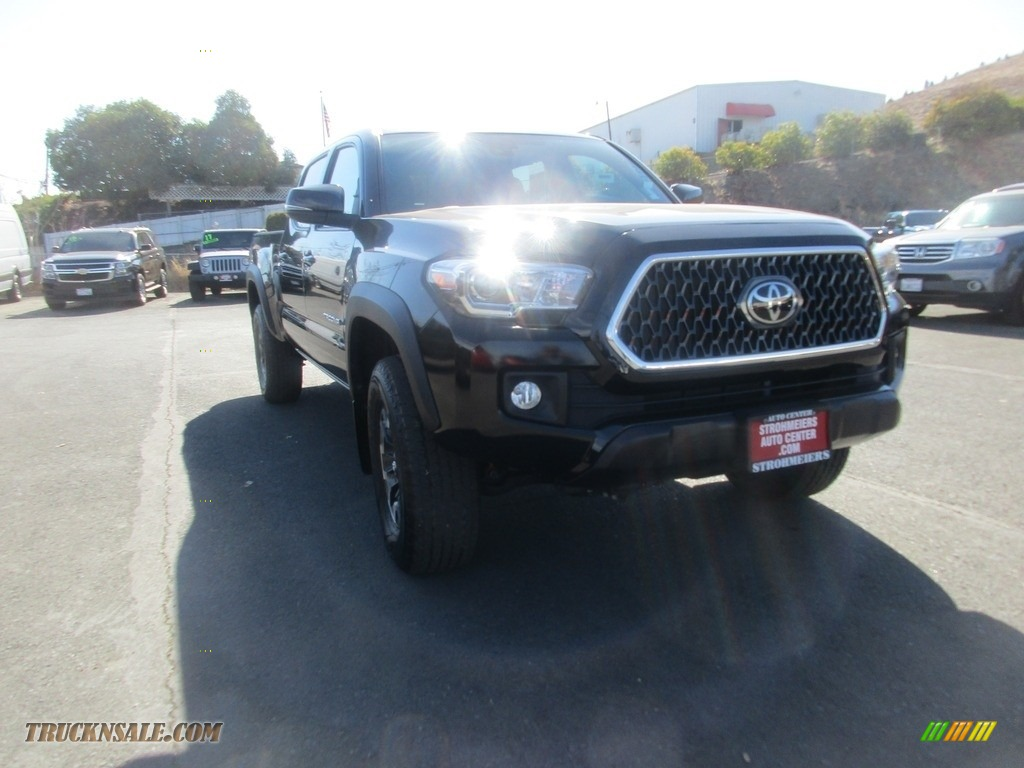 2019 Tacoma TRD Off-Road Double Cab 4x4 - Midnight Black Metallic / Black photo #1