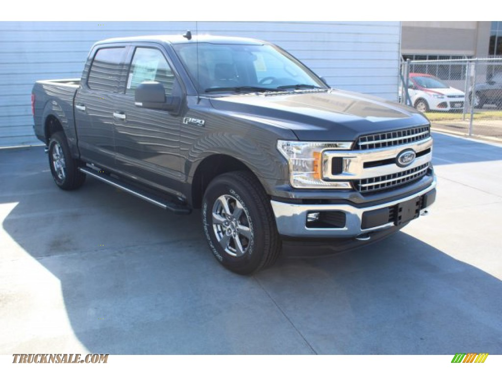 2019 F150 XLT SuperCrew 4x4 - Magnetic / Earth Gray photo #2