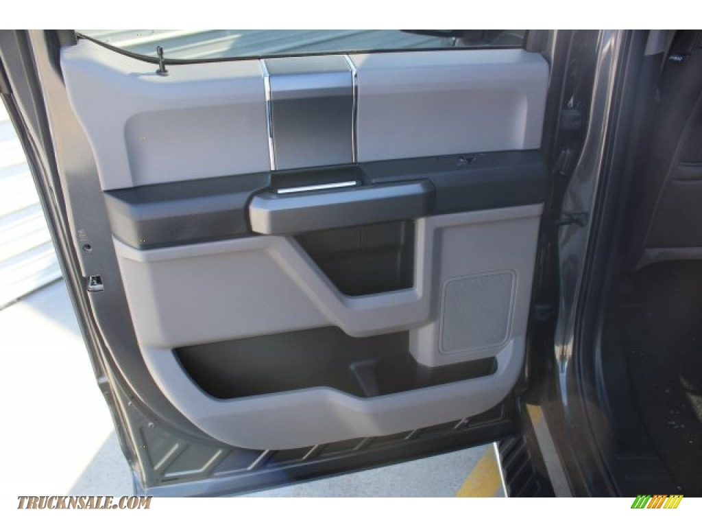 2019 F150 XLT SuperCrew 4x4 - Magnetic / Earth Gray photo #19