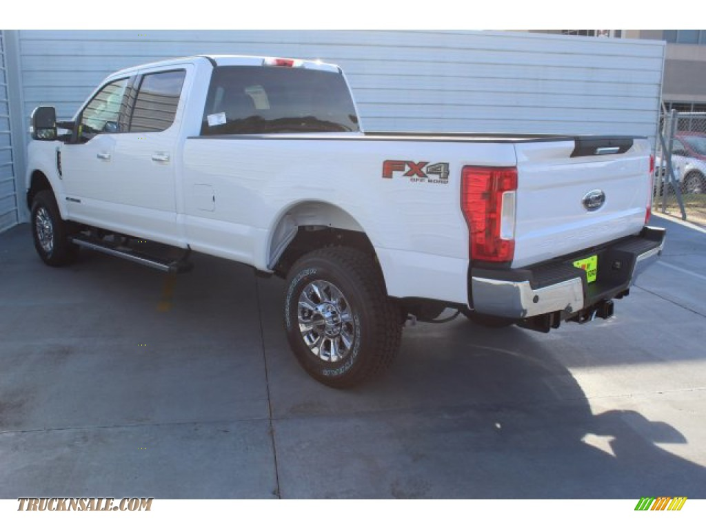 2019 F350 Super Duty XLT Crew Cab 4x4 - Oxford White / Camel photo #6