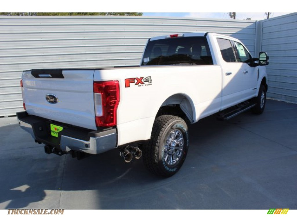 2019 F350 Super Duty XLT Crew Cab 4x4 - Oxford White / Camel photo #8