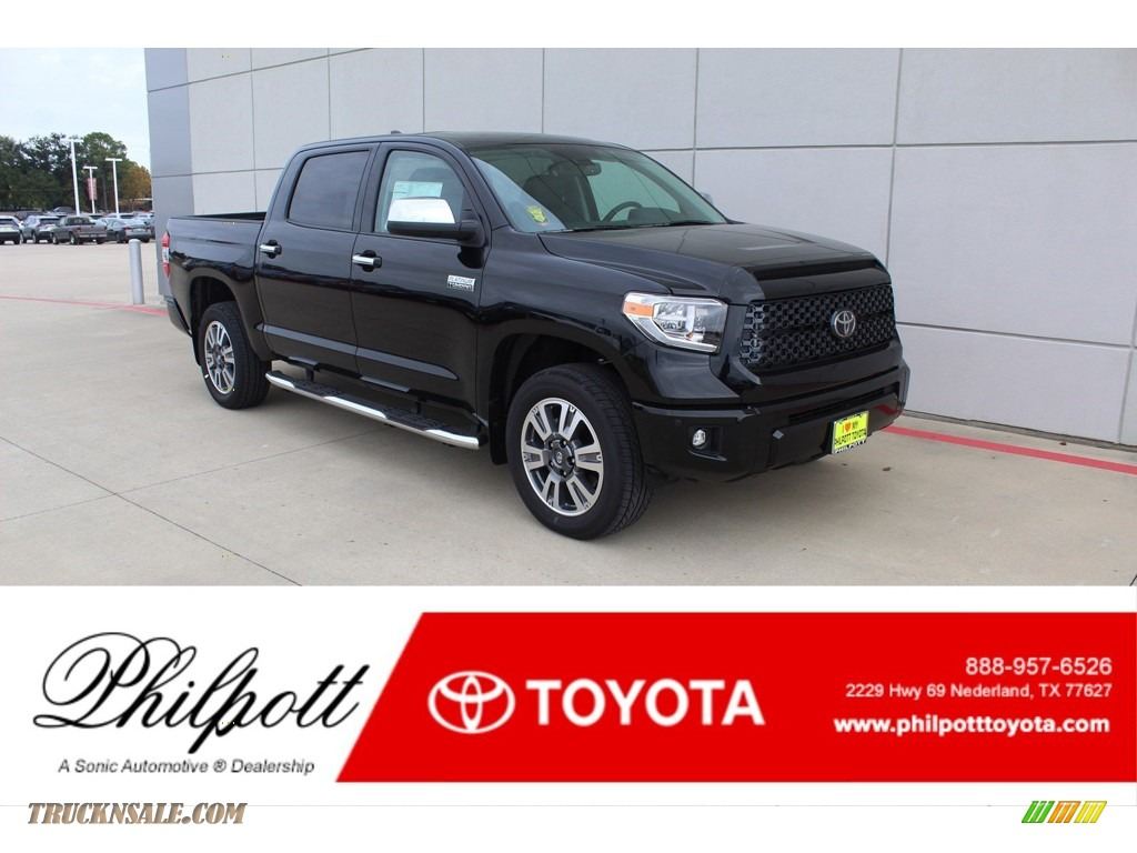 2020 Tundra Platinum CrewMax 4x4 - Midnight Black Metallic / Black photo #1