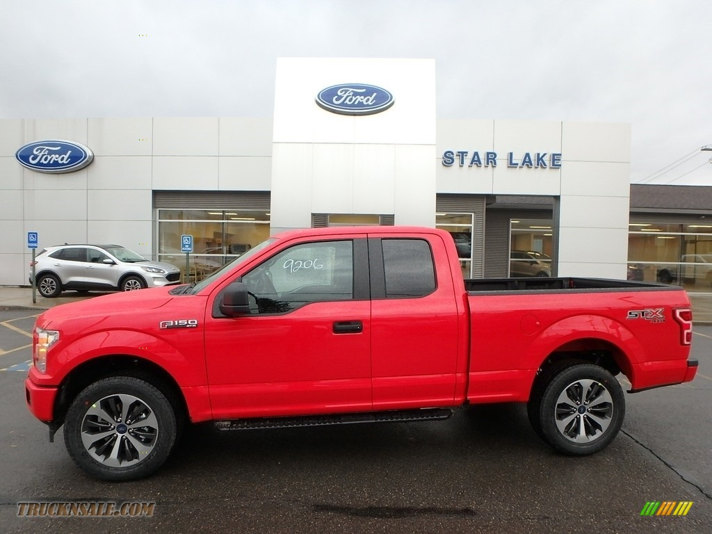 Race Red / Black Ford F150 STX SuperCab 4x4