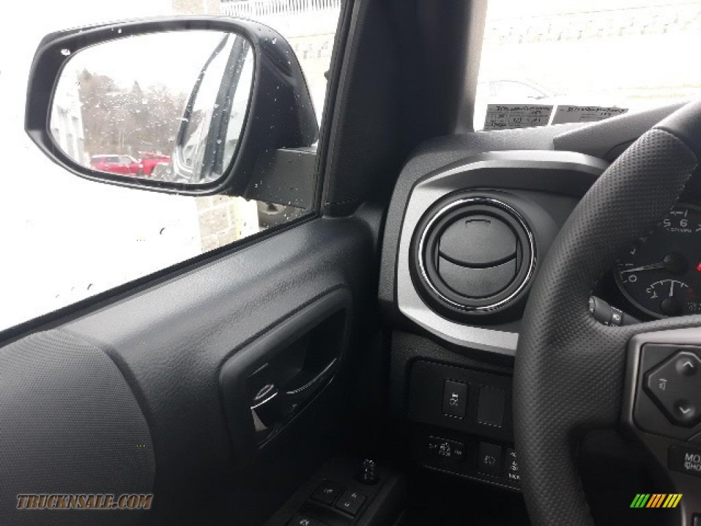 2020 Tacoma TRD Sport Double Cab 4x4 - Midnight Black Metallic / TRD Cement/Black photo #10