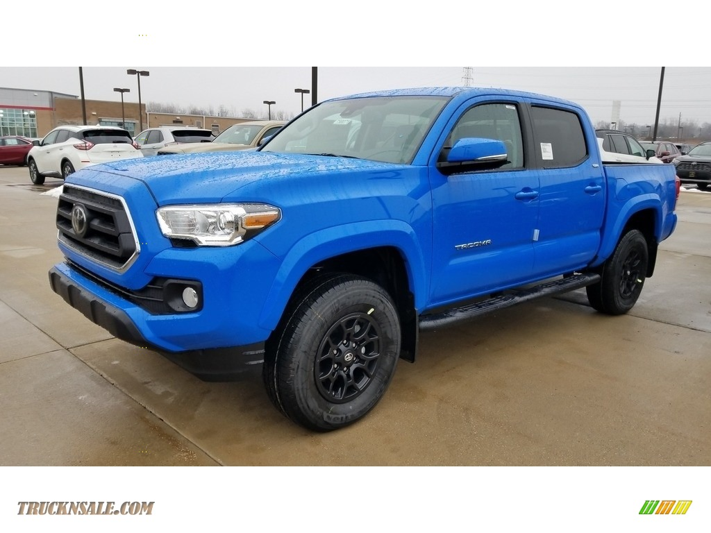 2020 Tacoma SR5 Double Cab 4x4 - Voodoo Blue / Cement photo #1