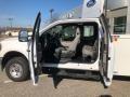 Ford F250 Super Duty XL Crew Cab 4x4 Chassis Oxford White photo #10
