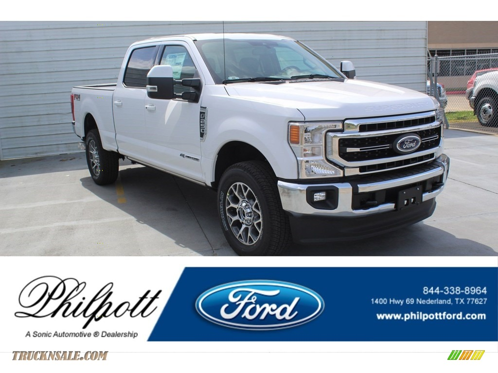 Oxford White / Black Ford F250 Super Duty Lariat Crew Cab 4x4