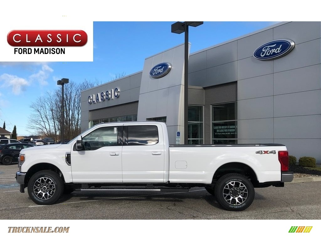 2020 F350 Super Duty XLT Crew Cab 4x4 - Oxford White / Black photo #1