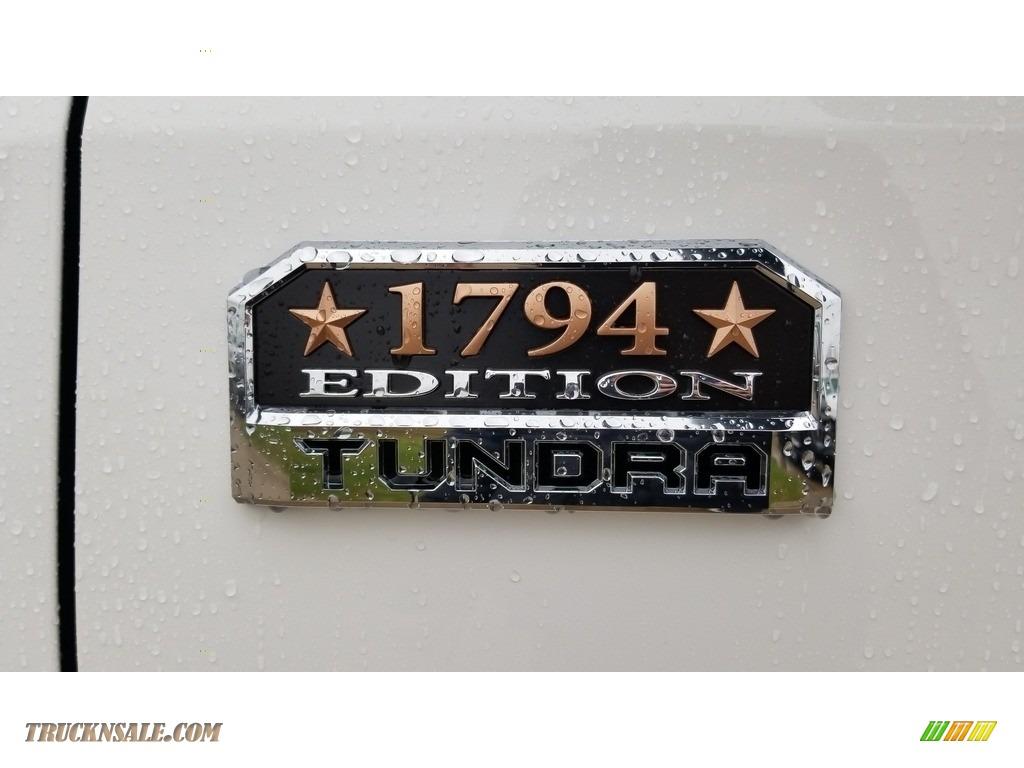 2020 Tundra 1794 Edition CrewMax 4x4 - Super White / 1794 Edition Brown/Black photo #2