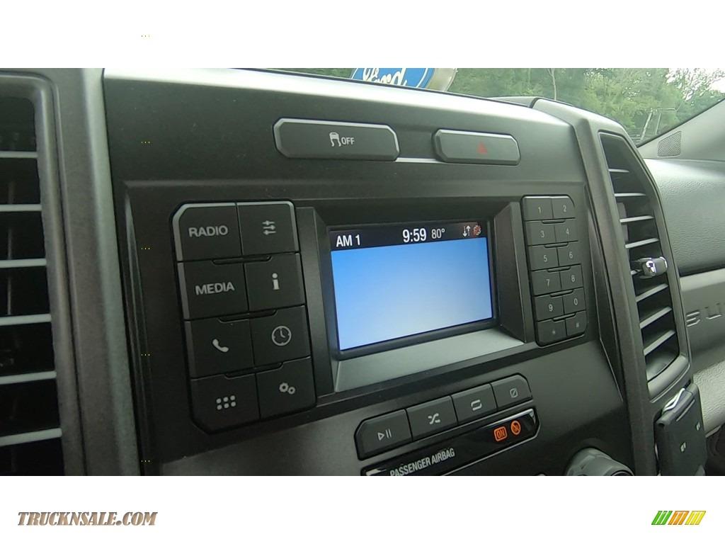 2020 F250 Super Duty XL Regular Cab 4x4 - Oxford White / Medium Earth Gray photo #14