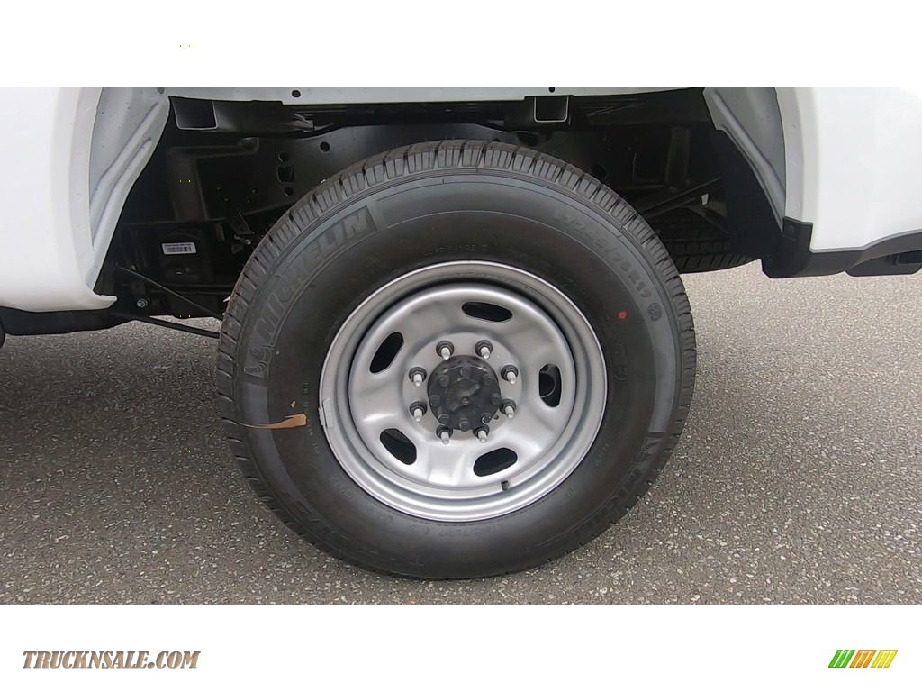 2020 F250 Super Duty XL Regular Cab 4x4 - Oxford White / Medium Earth Gray photo #17