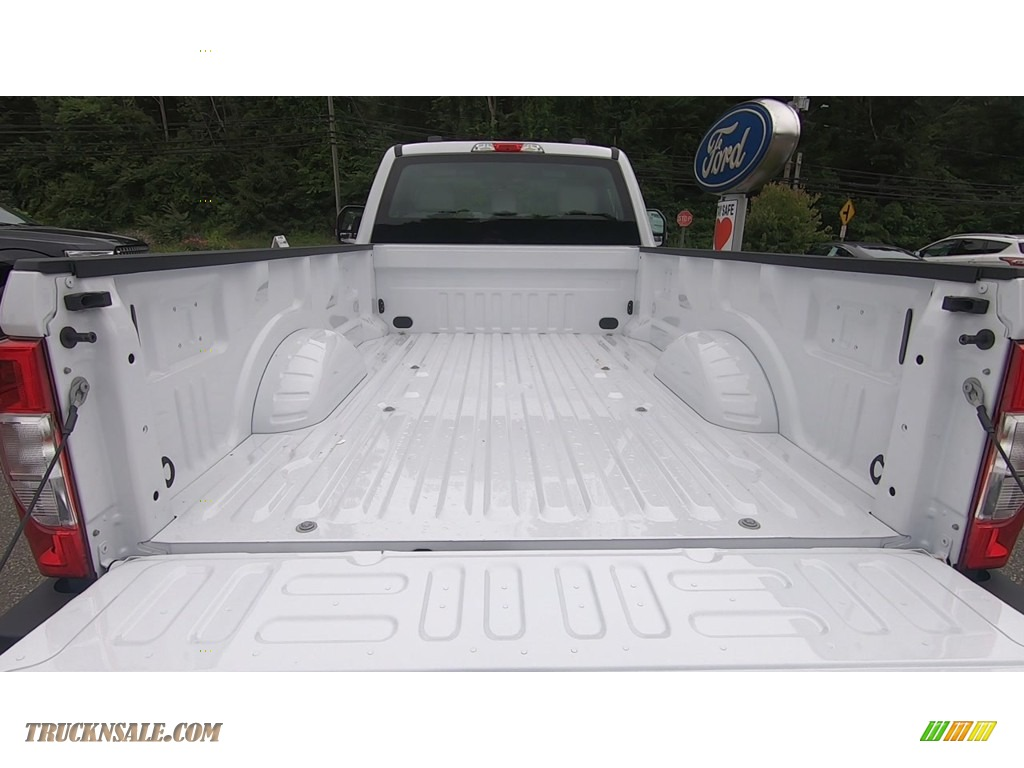 2020 F250 Super Duty XL Regular Cab 4x4 - Oxford White / Medium Earth Gray photo #18