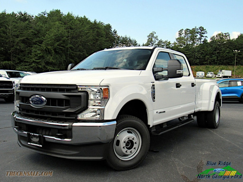 2020 F350 Super Duty XL Crew Cab 4x4 - Oxford White / Medium Earth Gray photo #1