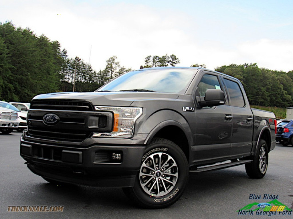 Magnetic / Black Ford F150 XLT SuperCrew 4x4