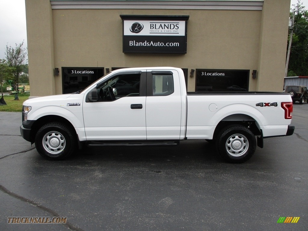 Oxford White / Medium Earth Gray Ford F150 XL SuperCab 4x4