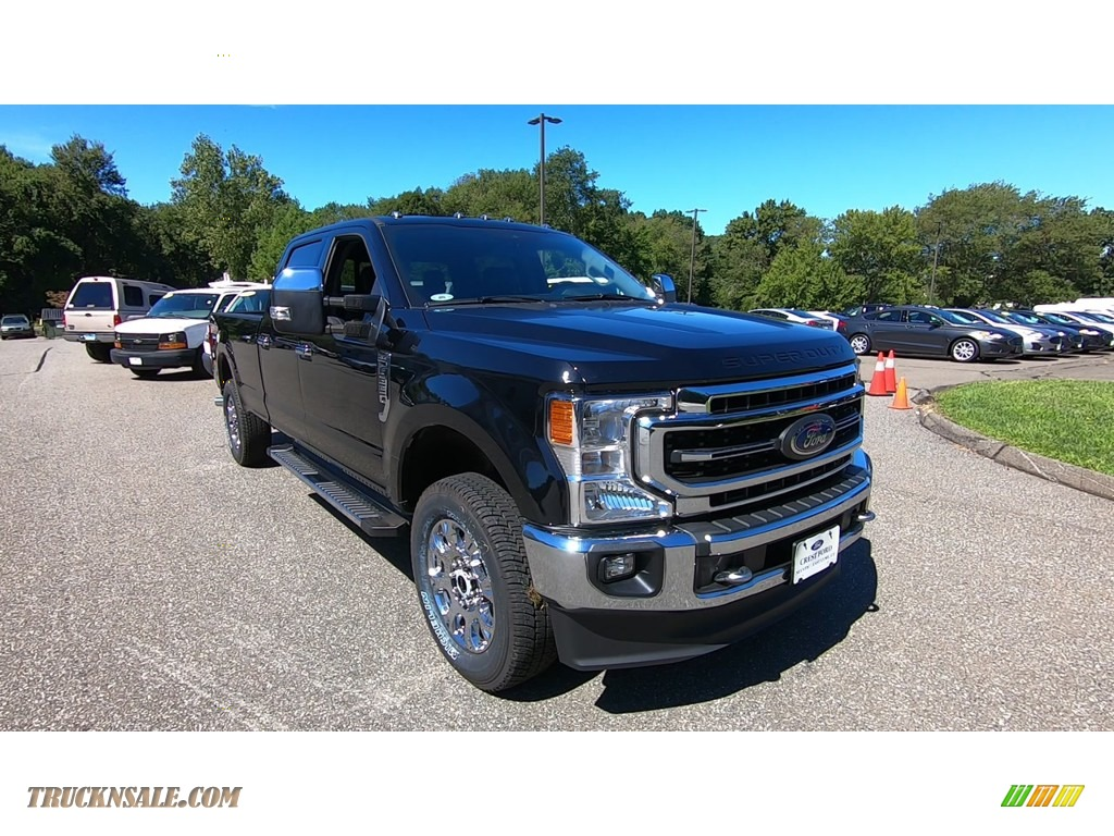 2020 F350 Super Duty Lariat Crew Cab 4x4 - Agate Black / Black photo #1