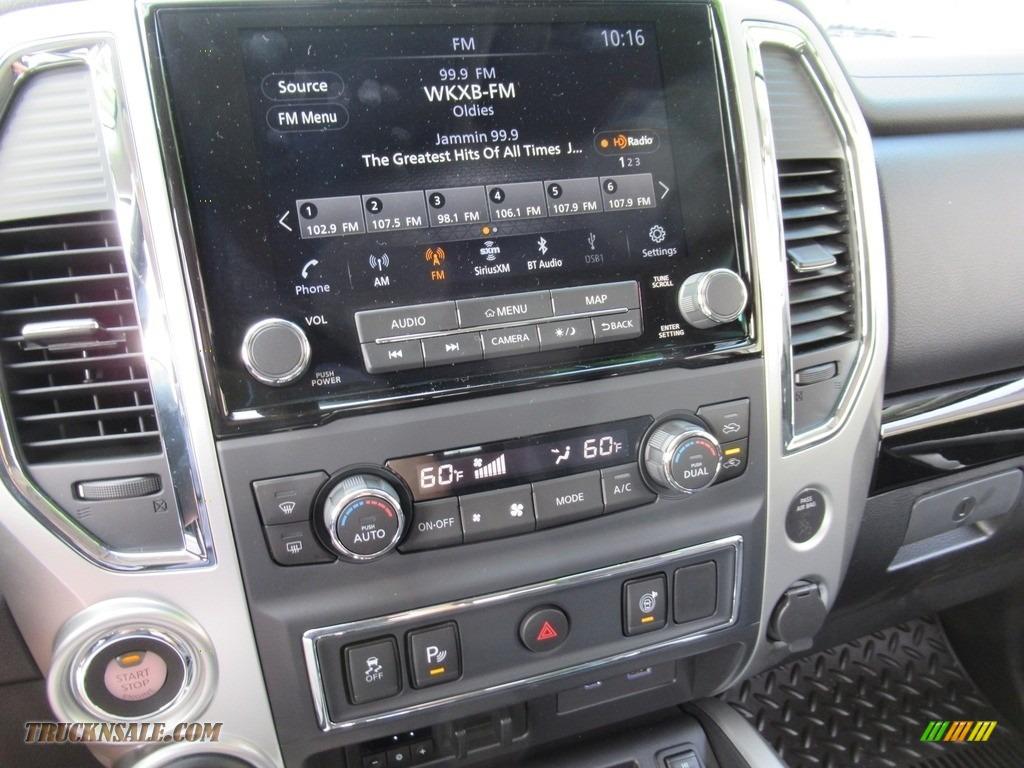 2020 Titan SV Crew Cab 4x4 - Gun Metallic / Black photo #17