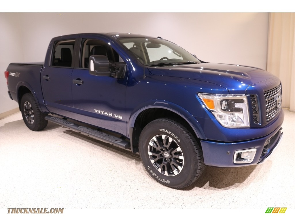 2019 Titan PRO 4X Crew Cab 4x4 - Deep Blue Pearl Metallic / Black photo #1
