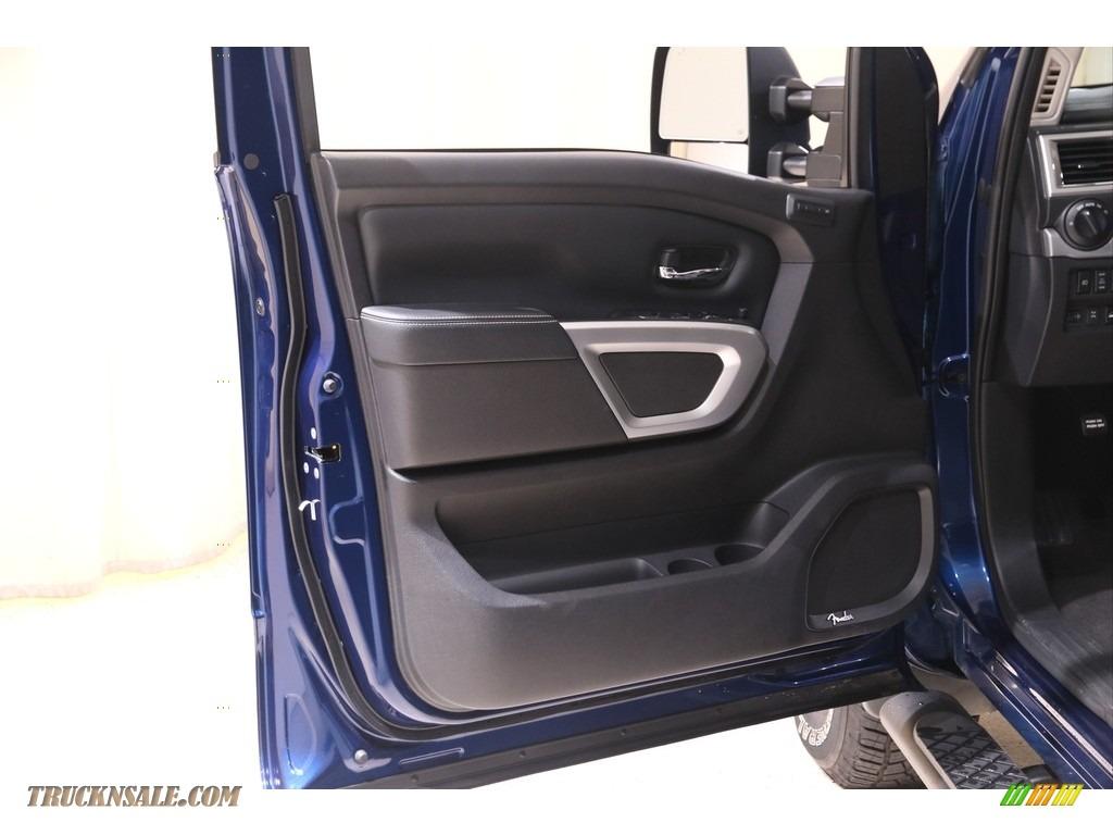 2019 Titan PRO 4X Crew Cab 4x4 - Deep Blue Pearl Metallic / Black photo #4