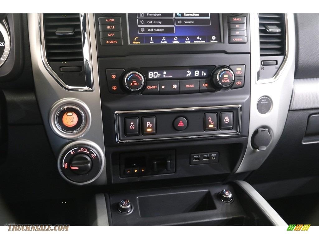 2019 Titan PRO 4X Crew Cab 4x4 - Deep Blue Pearl Metallic / Black photo #13